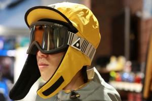 バカな事をして楽しめがメインコンセプトのスノーボードウエアーAIRBLASTERがスポタカにやって来た