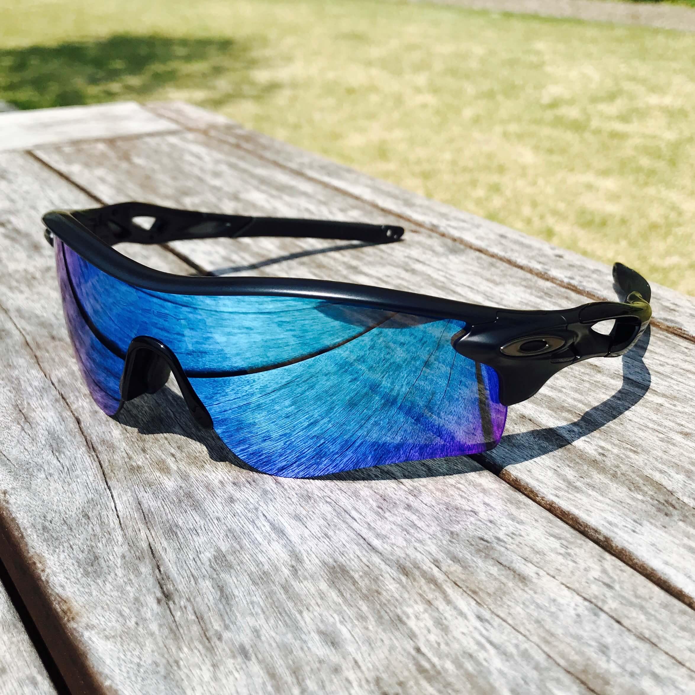 真夏のランニングにはサングラスが大事!オークリーマニアのスタッフ竹内のサングラス自慢!