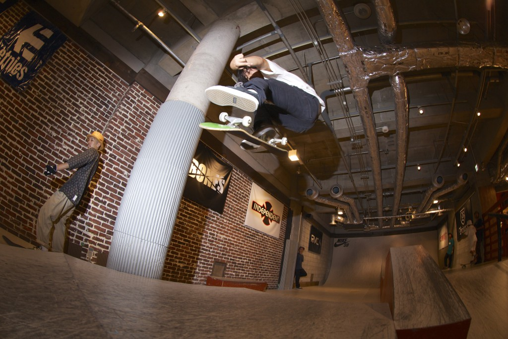 ETNIES PRESENTS  FRIENDS VS TEAM in OSAKA 2015
