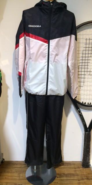 ディアドラのテニスウェアでチームウェア作りませんか?