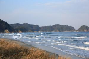 真冬の日本海サーフィンが楽しくなる方法
