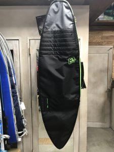 大事なサーフボードを入れるケース!こだわって選んでいますか?