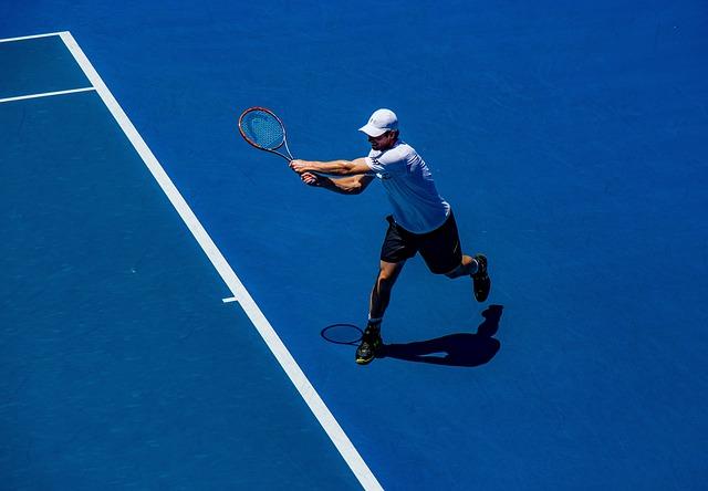テニス初心者必見!ラケットを使った基礎練習
