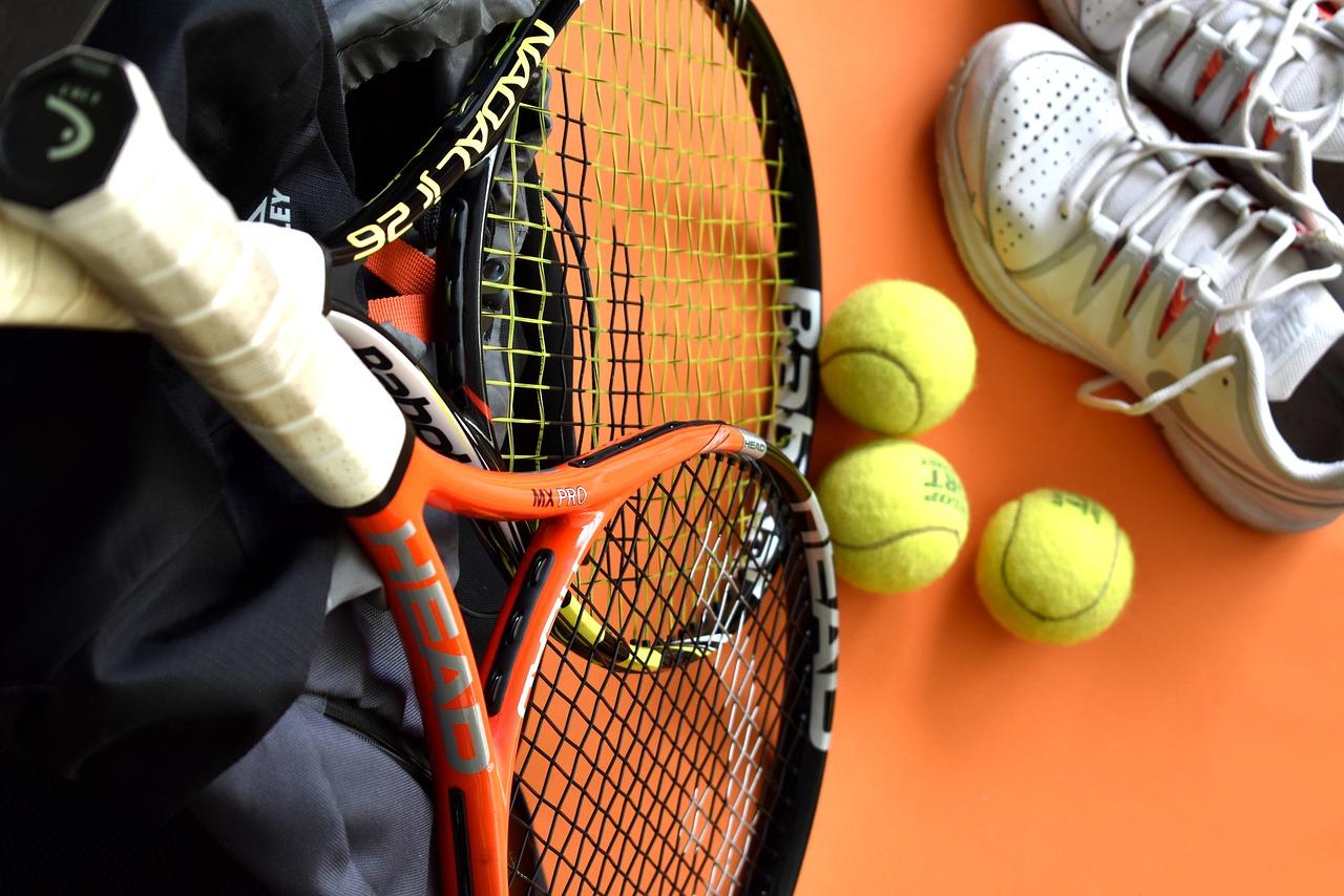 初心者から上級者まで!テニスラケットの選び方