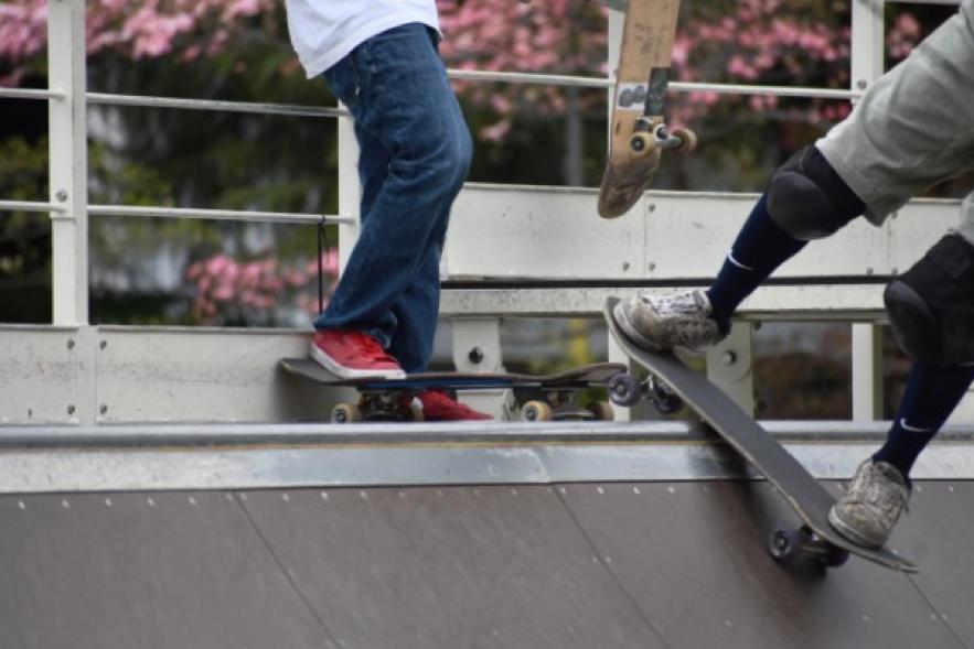 スケートボードパークは初心者でも大丈夫?楽しむコツとは?